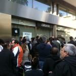 08:45 Μέγα πλήθος και μέγα πάθος για το iPad 2