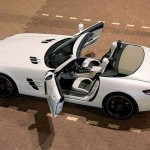106223-mercedes-benz-sls-amg-roadster-official-photo