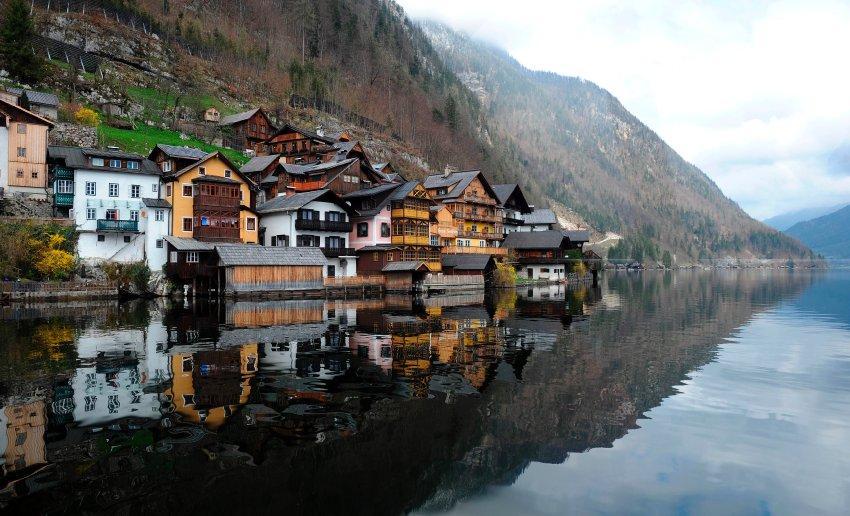china-copies-austrian-village
