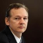 wikileaks_julian_assange-650x432