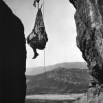 Μετέωρα, ανάβαση του Fred Boissonnas με το καλάθι, 1908