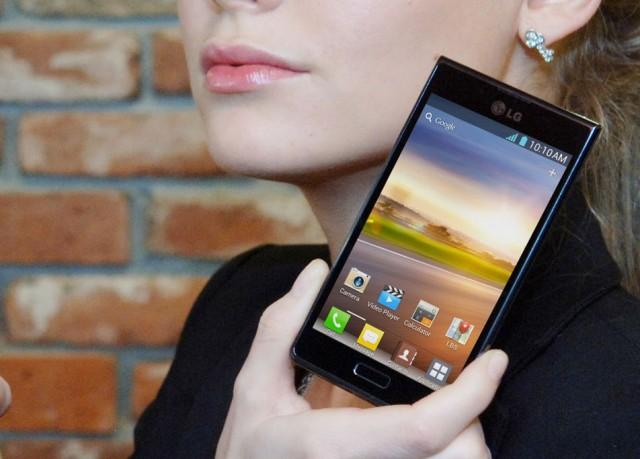 LG-Optimus-L7-3