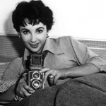 Liz Taylor and a Rolleiflex