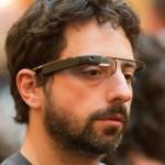O Sergey Brin δοκιμάζει τα Google Glasses... Εμείς;