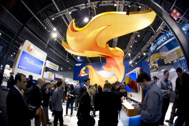 Meet-the-Firefox-OS-Mascot-a-Fox-That-s-on-Fire-5
