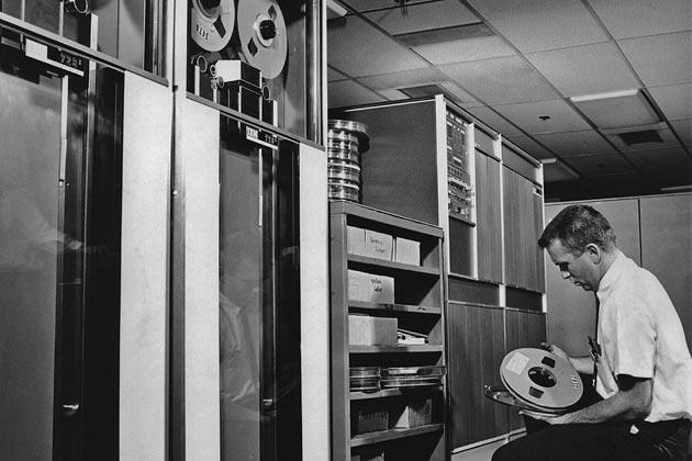 0313-computer-1962-630x420