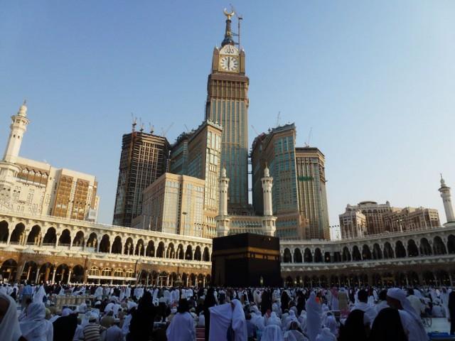 261555,xcitefun-abraj-al-bait-towers-4