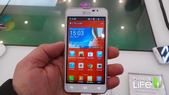 LG Optimus F5 (2)