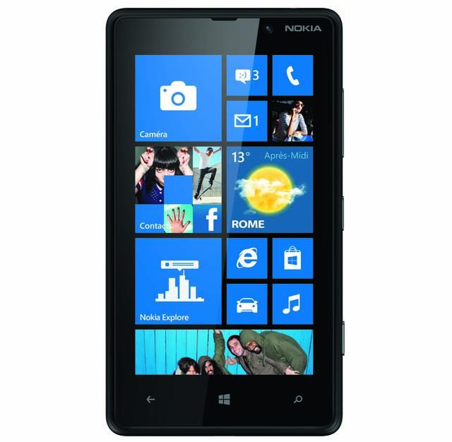 Lumia 820_Black_Face_Quadri_F