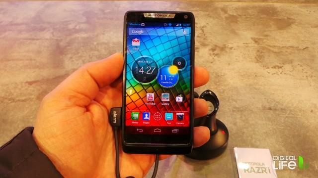Motorola RAZRi (1)