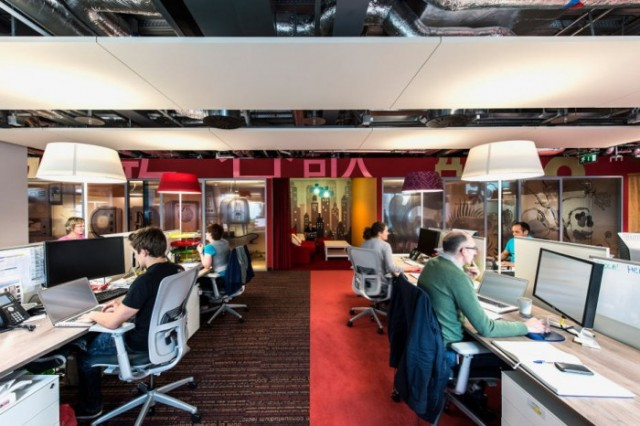 google-office-pictures-2-700x466