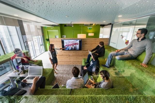 google-office-snapshots-1-700x467