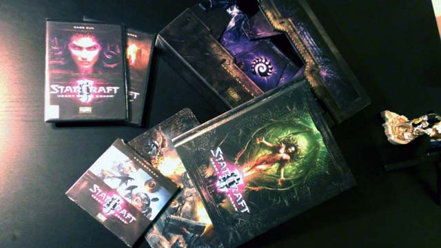 starcraft-2-collectors-unboxing