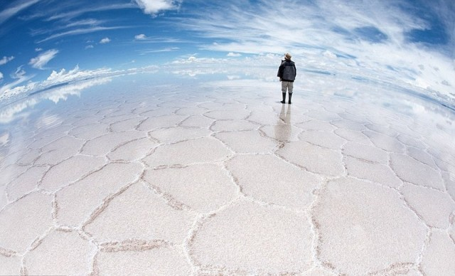 Salar de Uyuni One of the World's Largest Mirrors, Bolivia2