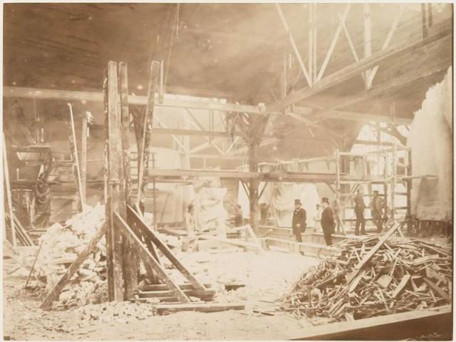 rare-photos-statue-of-liberty-under-construction-1883-3
