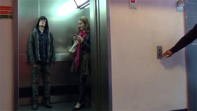star-wars-elevator-prank