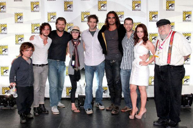 Game-of-Thrones-cast-at-Comic-Con-game-of-thrones-23935150-615-410