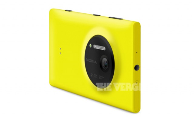 Nokia-Lumia-1020-PressPhoto-TheVerge-02