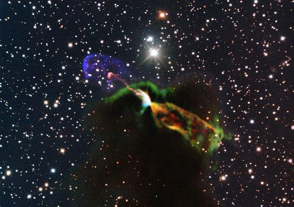 Stunning ALMA and NTT image of Newborn Star