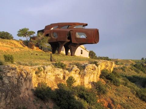 steel-house-480x360