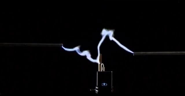 lightning_charge_lumia_925