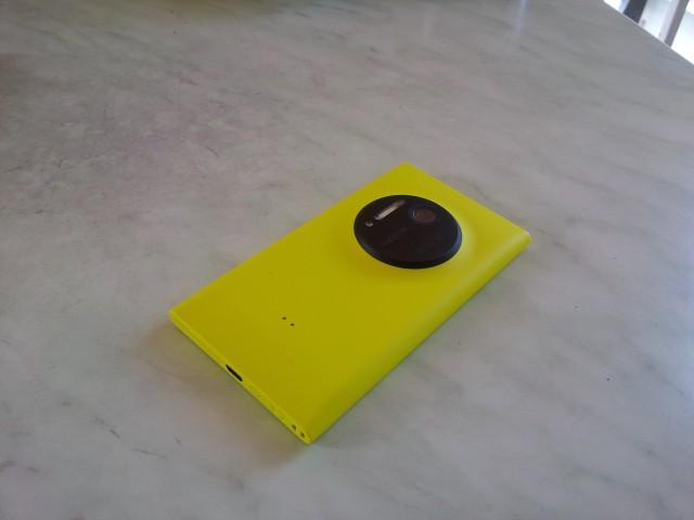 lumia10204