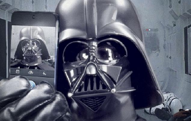 Darth Vader-Selfie-Instagram