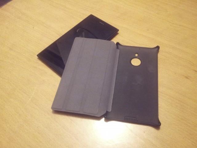 Lumia-1520-flip-cover-3