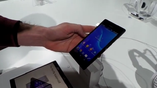 Sony Xperia M2 hands-on MWC 2014 digitallife-gr