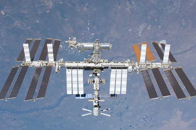 LiveFromSpace_2