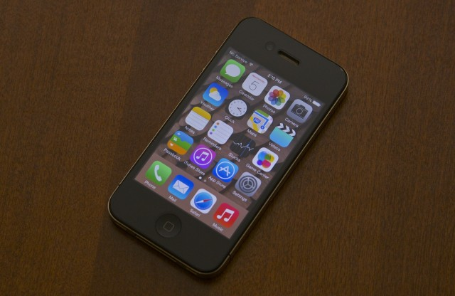 iPhone4 ios 7.1 arstechnica