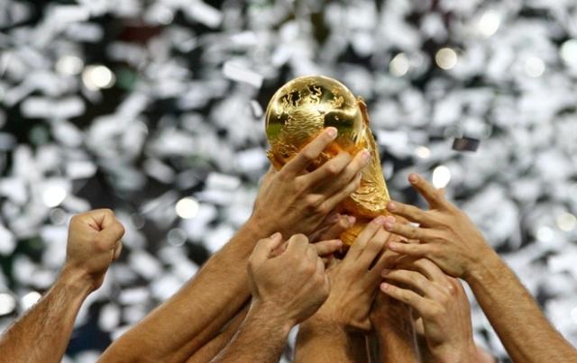 FIFA-WC-Trophy