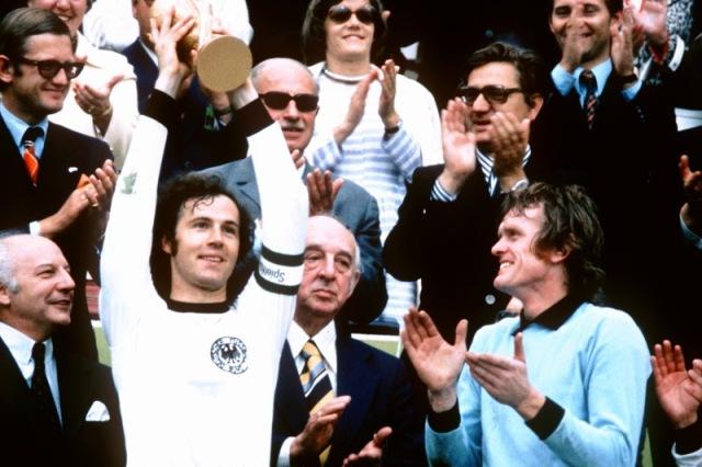Franz_Beckenbauer_1970