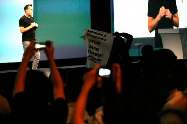 google-io-2014-protester-01