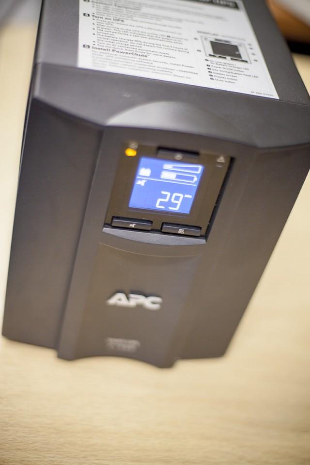 Smart-UPS C 1500VA (4)