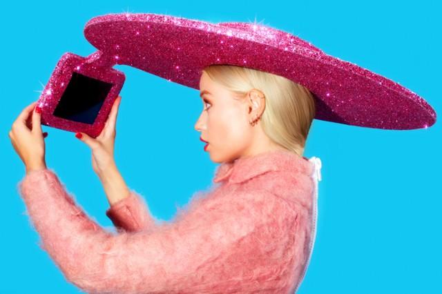 Acer Selfie-Hat 03