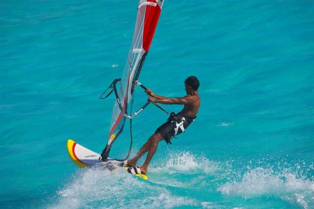 WaterSports-WindSurfing-01