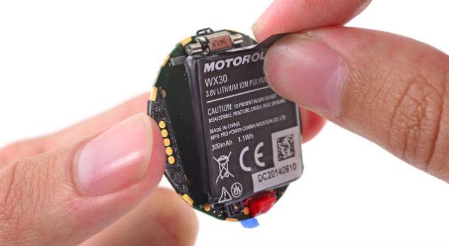 moto-360-ifixit-teardown3