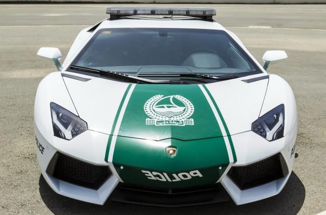 New Dubai police Lamborghini Aventador