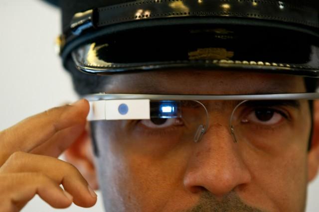 dubai-police-google-glass