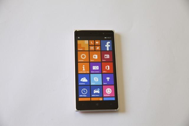 Lumia 830_1