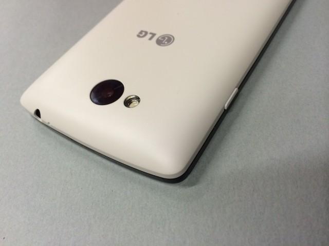 LG F60_6