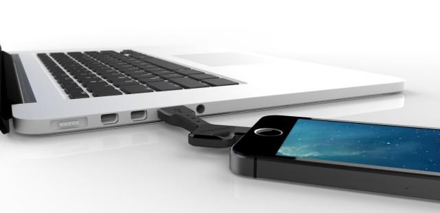 NomadKey Lightning MacBook