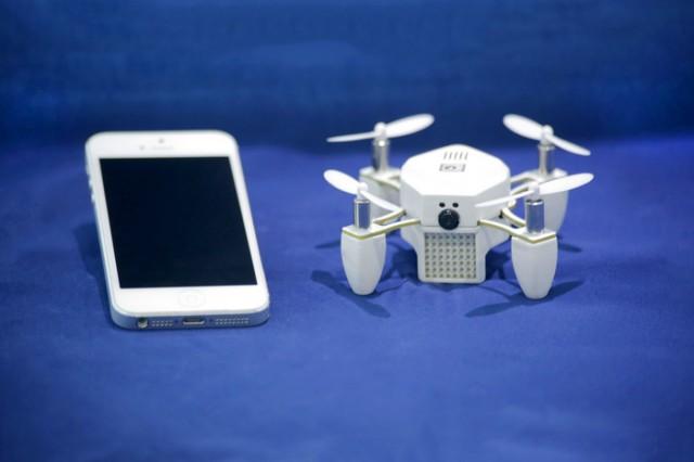 Zano_mini_Drone 2