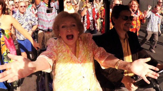 betty-white-flash-mob