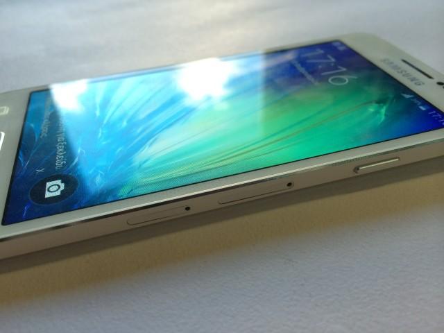 Galaxy A3_3