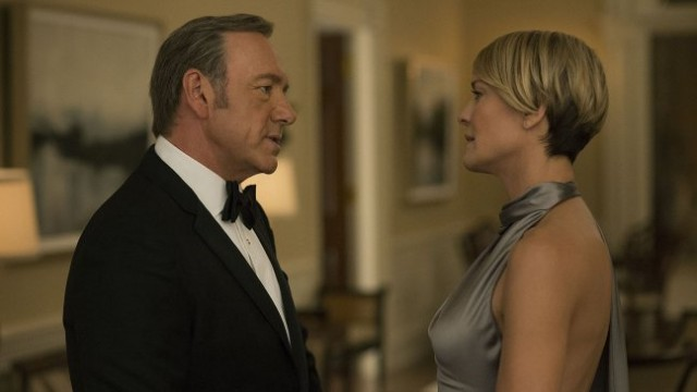 house_of_cards_kevin_spacey_robin_wright_still