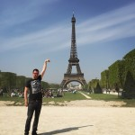 photoshop-eiffel-tower-tourist-photo-sid-frisjes-151