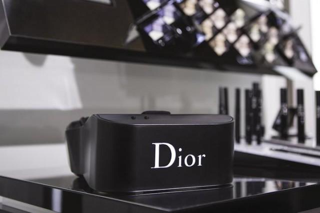 dior-eyes-vr-headset-970x546-c