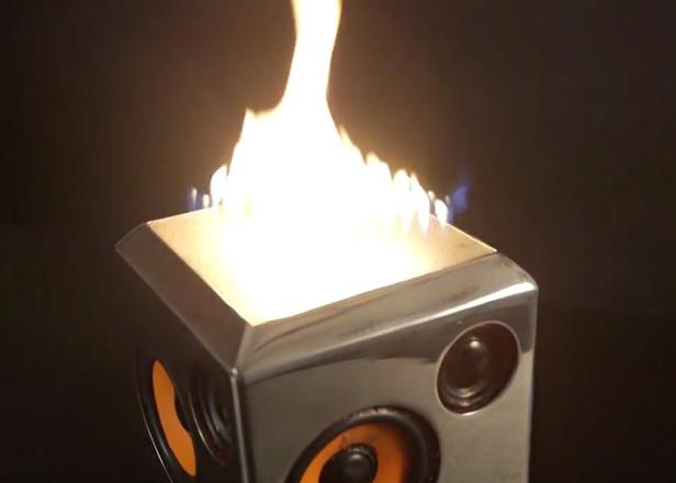 sound-torch-070515-616x440